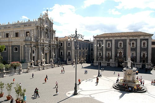 catania tour and the cyclops riviera tour sicily day excursion