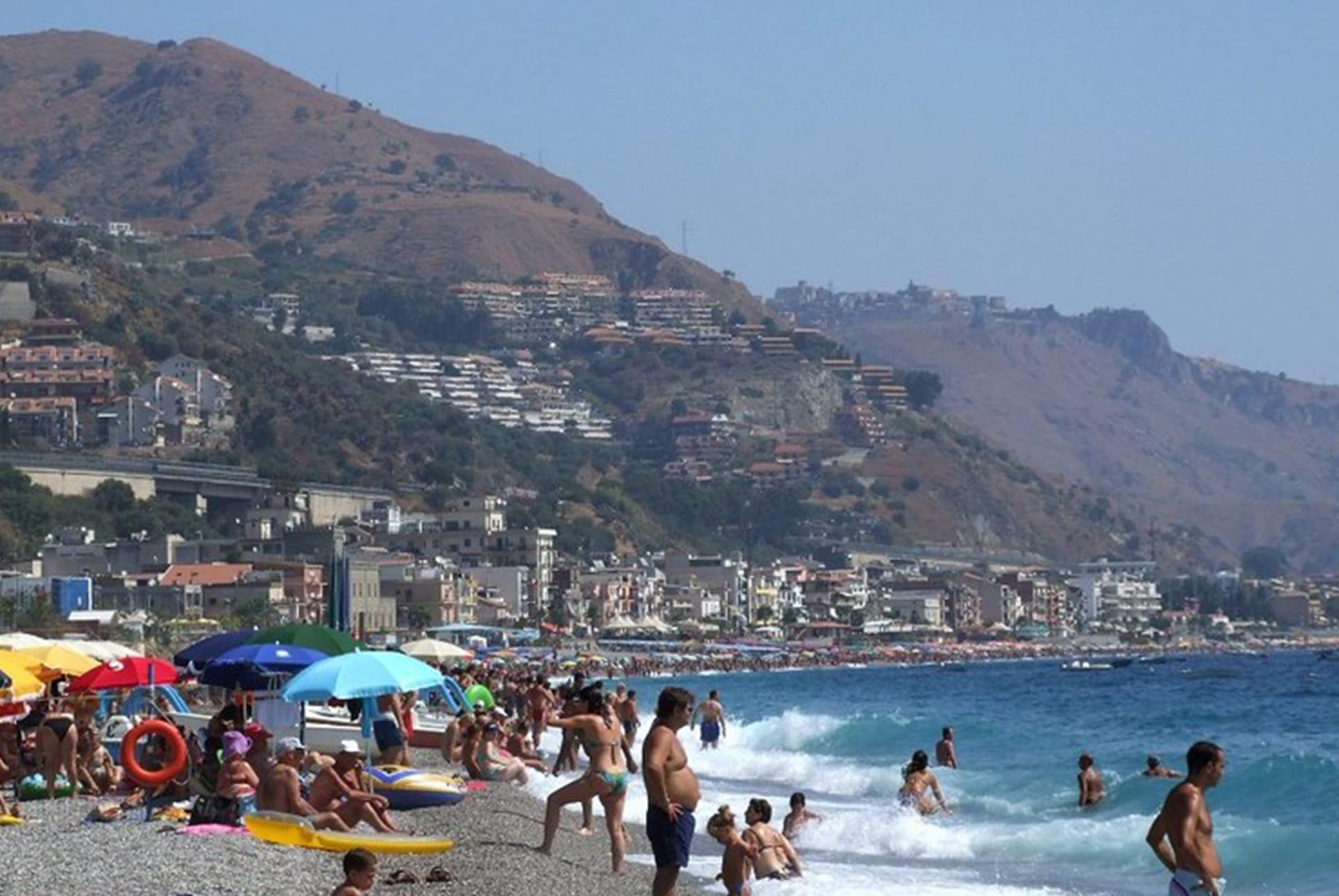 taormina beach san marco